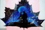 2017年11月14日,山东省青岛市实验小学美术教师刘萍新近创作了一组丙烯树叶画,赋予了秋叶另一种生命形式。