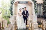 2017年11月14日,河南洛阳一名特别喜欢网购的女子,爱上了经常给自己送快递的小哥。如今,这对恩爱情侣已经领完结婚证准备办酒席。