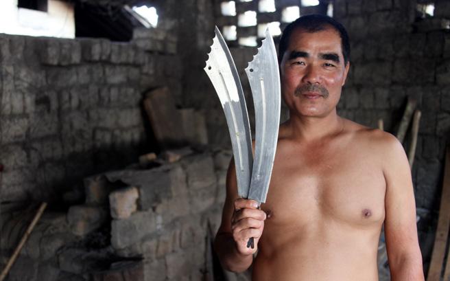 户撒传统打刀匠人