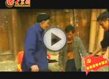 仡佬族传统表演――高台舞狮