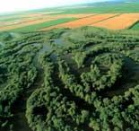 地理概貌与自然资源