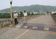 跨国边境线对面就是朝鲜
