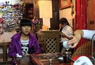 丽江古城品味普洱茶