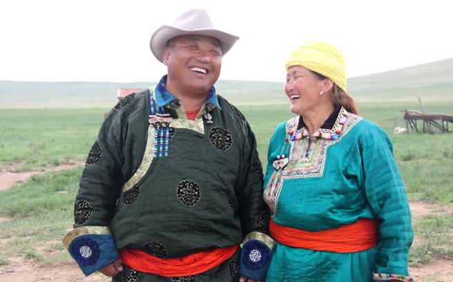 东日布和妻子恩克吉日嘎拉