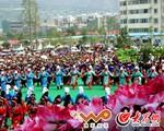 欢度羌族瓦尔俄足节