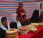 妇女:塔吉克家族的炊事长