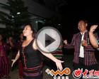 佤族村民献唱《拉木歌》
