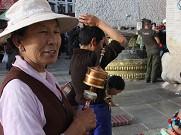 在西藏宗教信仰得到了最大程度的尊重