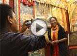 藏族民歌《在那东山顶上》