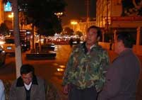 大街上随处可见的嘹歌对唱