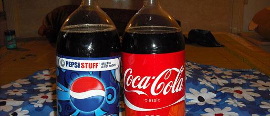 两家饮料巨头被爆有致癌物 喝可乐还安全吗