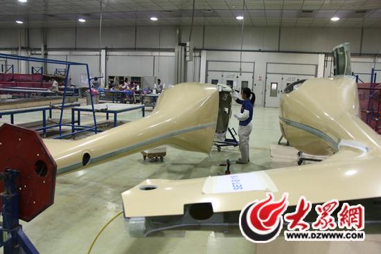 到飞机零部件加工,再到飞机整机组装等整条生产线的