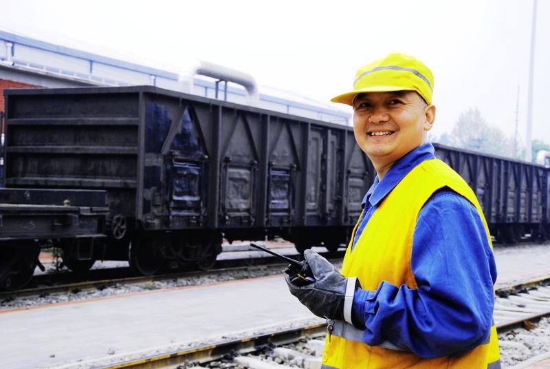《新时代铁路工人》.jpg
