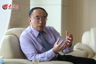 山东省肿瘤医院院长于金明接受大众网记者采访。(亓翔 摄).jpg