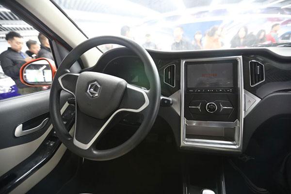 """山东崛起""""电动汽车王国"""" 全国每8辆低速电动汽车就有1辆产自比德文"""