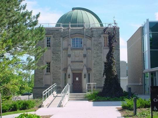 加拿大留学 西安大略大学为实现专业多元化而努力
