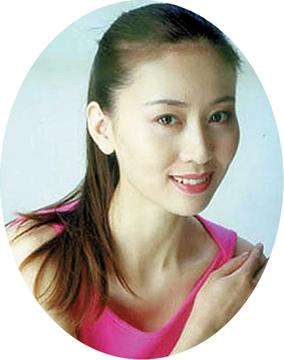 人体艺术撮影_2002年9月,人民美术出版社出版的《汤加丽人体艺术写真》被称为\