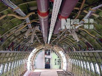连接着飞机的重要结构件)处的腐蚀引起大家的高度
