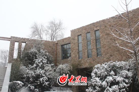 大众网记者在济南市动物园看到