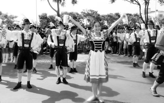 第23届青岛国际啤酒节:全市欢动 夏日狂欢