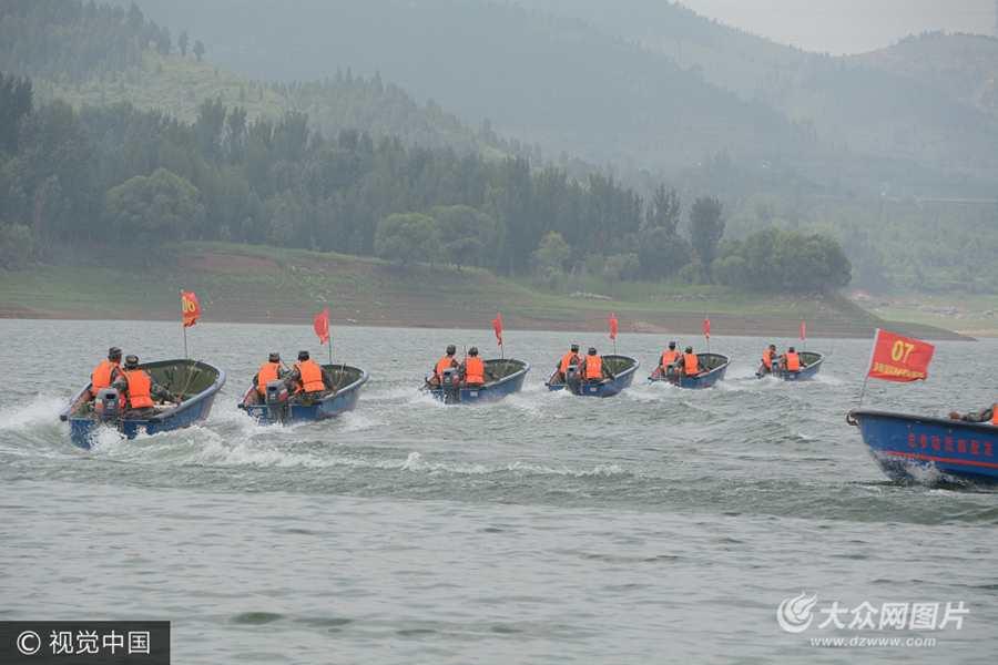 济南举行防汛演练 模拟水库溢洪抢险