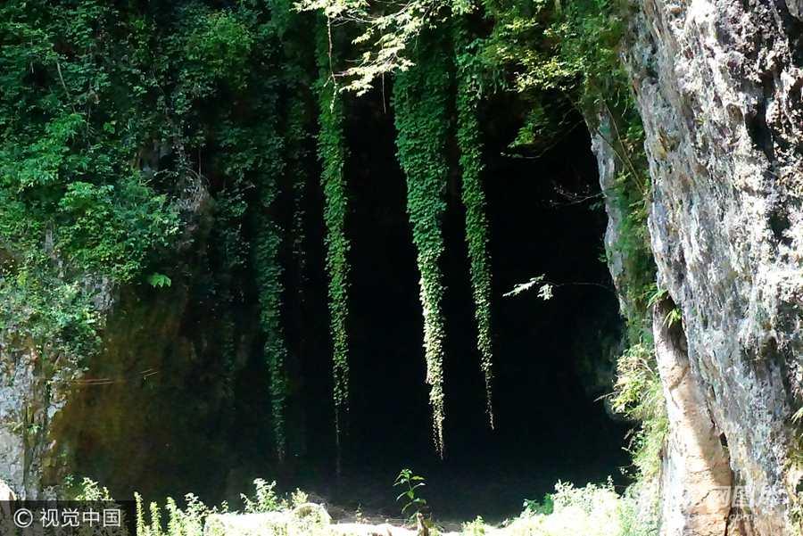 湖北恩施沉睡数万年天然溶洞被发现