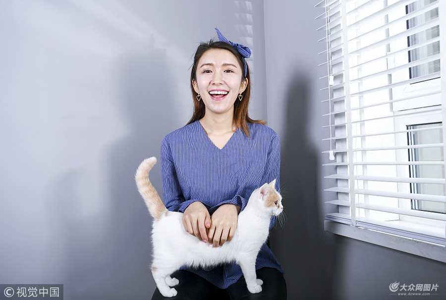 """揭秘90后职业""""网模"""""""