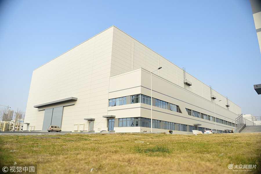 青岛:世界最大摄影棚竣工