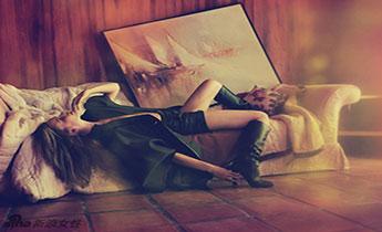 朦胧光影中的性感美 展现女性曲线之美
