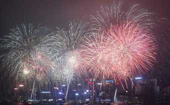 香港举行新春烟花汇演