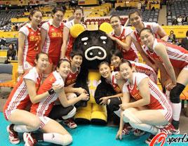 中国女排3-0完胜波兰 保留晋级八强希望