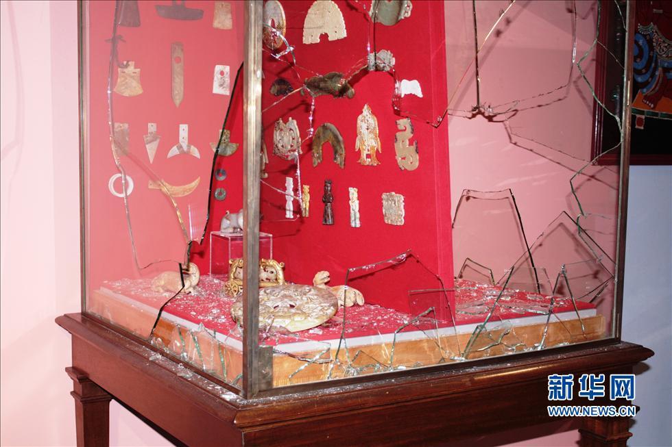 这是法国西南小城比亚里茨的法国东方艺术博物馆被劫后的场景(7月4日摄)。