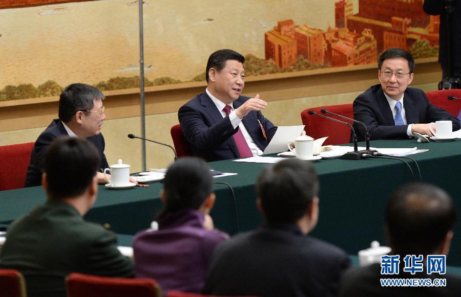 3月5日,中共中央总书记、国家主席、中央军委主席习近平参加十二届全国人大二次会议上海代表团的审议。 新华社记者王晔摄