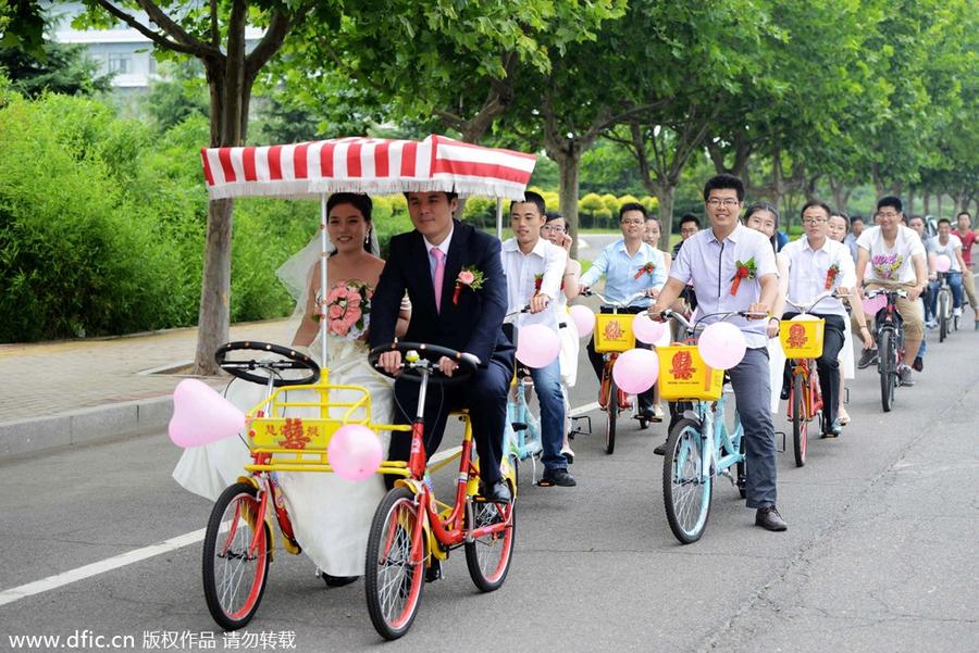 2014年7月2日,中国石油大学(华东),王光增用租赁的自行车迎娶新娘陈东乐。