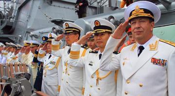 中俄海上阅兵.jpg