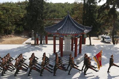 朝鲜隆重纪念中国人民志愿军赴朝作战65周年