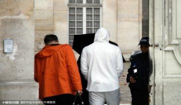 法国球星本泽马因敲诈队友被警方逮捕