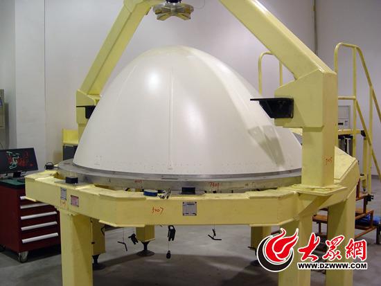 中国航空工业集团公司济南特种结构研究所车间内正在