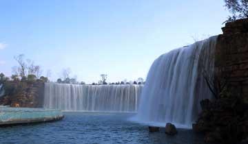 """""""亚洲第一大人工瀑布""""牛栏江瀑布公园完工开放.jpg"""