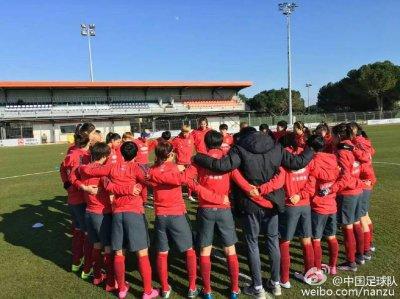 超级锋霸大爆发 中国女足4-0血洗对手