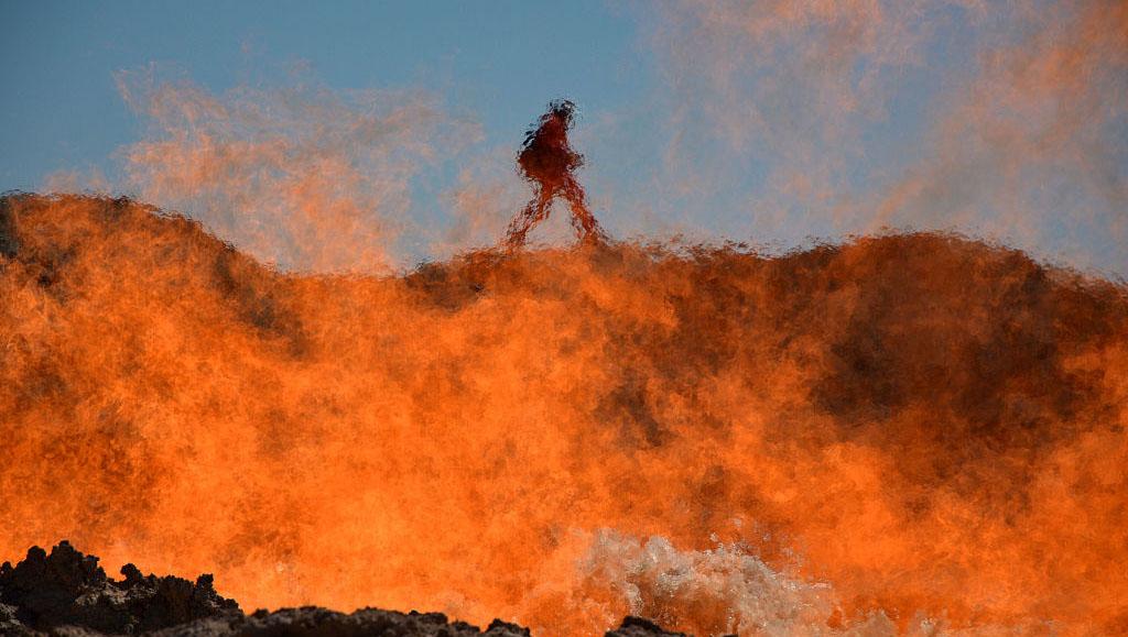 """探访土库曼斯坦""""地狱之火""""奇观"""