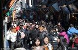 济南芙蓉街吃货拥挤如赶集.jpg