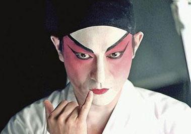 刘德华拍MV京剧造型帅气亮相