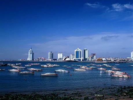 依山傍海,风光秀丽,气候宜人,加上特殊的历史积淀,使青岛早在 20世纪