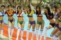 2018年6月13日,山东烟台,十多名即将毕业的女大学生拍摄足球宝贝主题毕业照,迎接2018年俄罗斯世界杯。