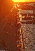 2018年11月6日,黑龙江哈尔滨,初冬的松花江畔,晚霞绯红。