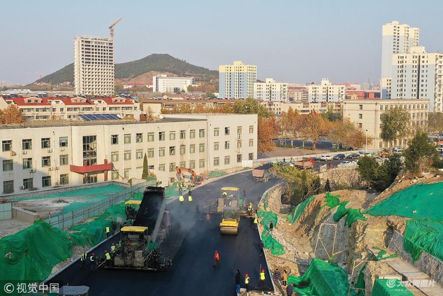 济南:和平路东延施工正酣