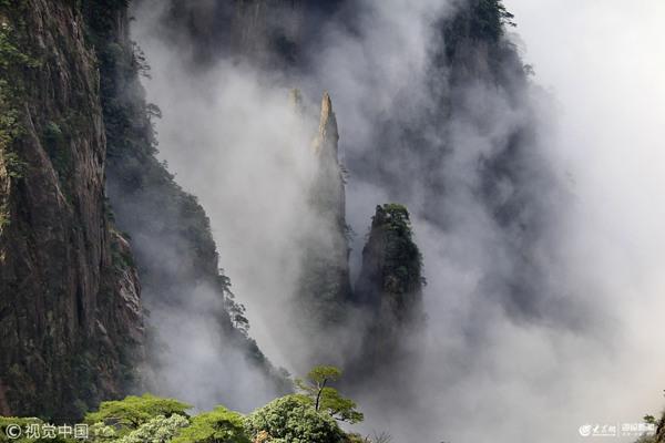 黄山:云海弥漫分外妖娆