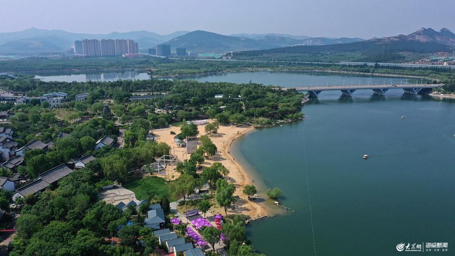 济南:初夏时节 花卉博览园引客来