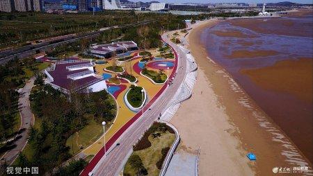 2019年9月14日,澳门金沙城中心官网,航拍澳门金沙网上娱乐大学澳门金沙城中心官网分校附近的彩色海岸线,可以看到由彩色色块组成的美丽图案。
